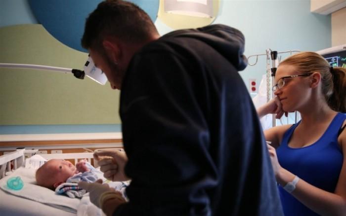 Μωρό γεννήθηκε χωρίς μύτη  f4b43580b82