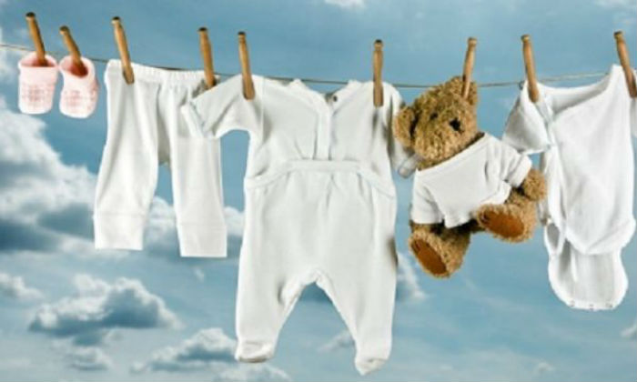 f49d62fe61c Για να προστατεύσετε το ευαίσθητο δερματάκι του μωρού σας θα πρέπει να  πλένεται σωστά τα ρούχα ...